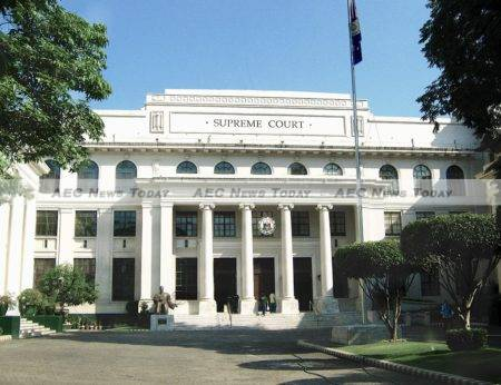 The Philippines Supreme Court has cleared the way for the US to use existing Philippines military bases