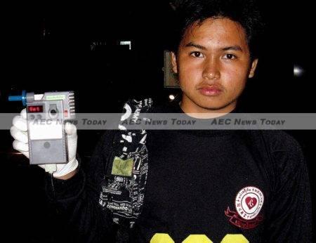Thai police conduct roadside random breath testing (RBT) in Chiang Mai in 2008