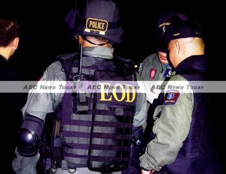 Thailand army Explosive Ordnance Disposal officers: