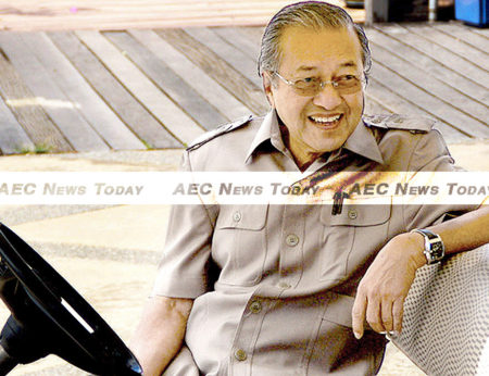 Mahathir's presence at Anwar's court hearing can be interpreted in many ways