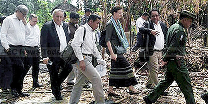 Envoys Spend Second Day in Rakhine State as Aid Ban Lifted