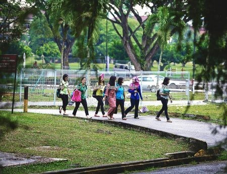 Millions of Malaysian aged below 30 are unregistered to vote reflecting youth disenfranchisement and disinterest in Malaysian politics