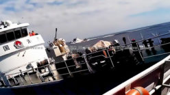 Chinese coast guard chases down, rams fleeing Vietnamese fishing boat (HD video)