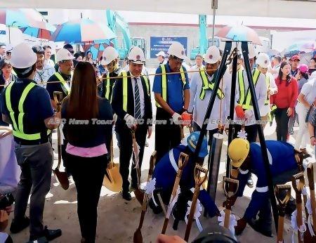 Down to business: work on Manilla's first subway gets underway