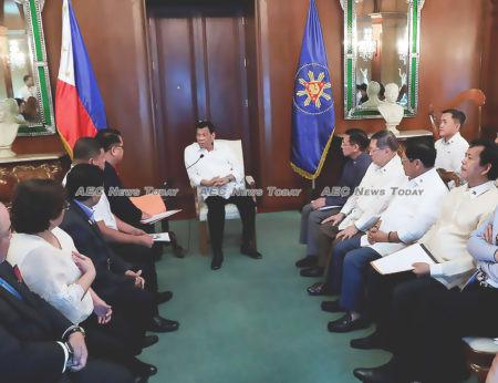 Duterte meets PhilHealth officials amid fraudulent claims