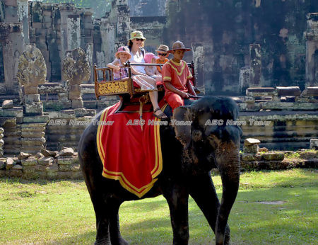Elephant riding in Angkor Wat | Asean News Today