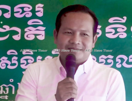 CUMW president Pav Sina: workers have the right to protest against Mr Rainsy if there is a withdrawal of the preferential agreement