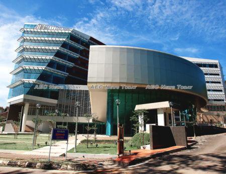 University of Malaya (UM) retains its ranking as the third best university in Asean
