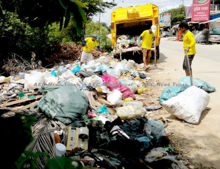 To much for one company: Phnom Penh now generates up to 3,000 tonnes of garbage a day
