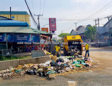 Cambodia PM Hun Sen urged Cambodians to stop discarding their trash in public places