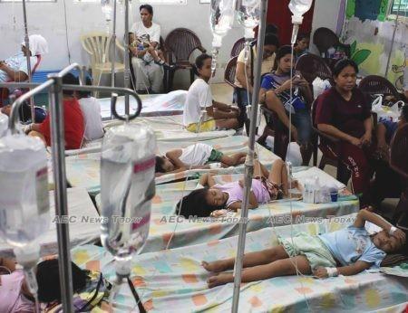 Filipino children afflicted with dengue