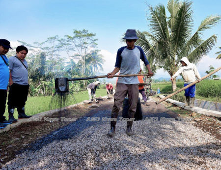 Indonesia plans a stimuli package to finance its ambitious spending programs
