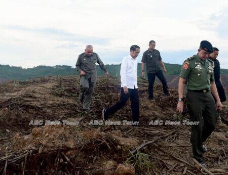 President Joko Widodo inspects Indonesia's proposed new capital in East Kalimantan